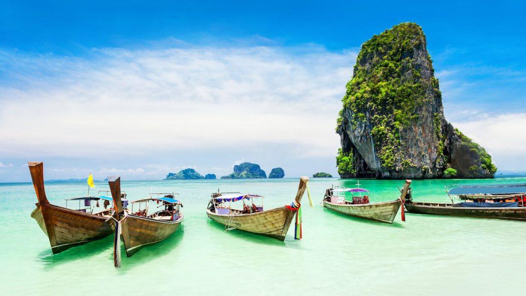 Vé máy bay đi Phuket giá rẻ.