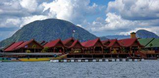 Làng Ko Panyi
