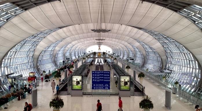 Khu vực bên trong sân bay quốc tế