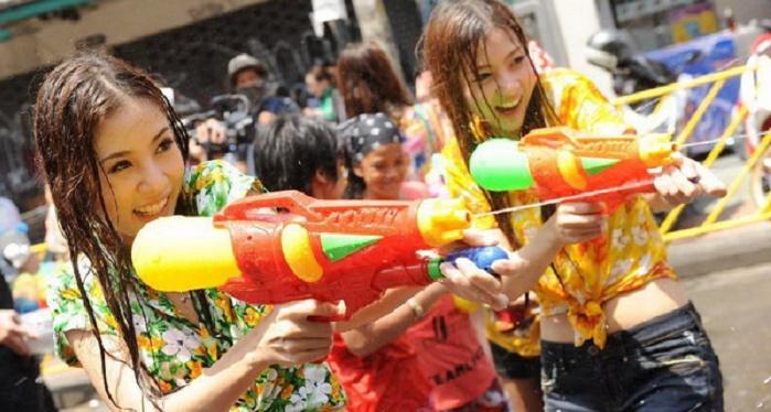 Lễ hội té nước mang ý nghĩa rất lớn