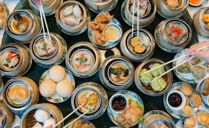 Ăn khuya ở khu phố người Hoa ở Bangkok