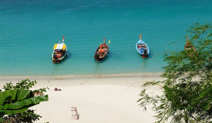 Những bãi biển đẹp ở Phuket