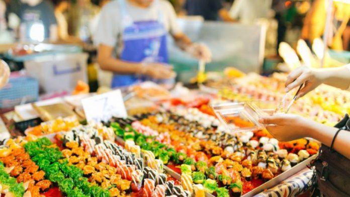 Những khu chợ ẩm thực nổi tiếng ở Thái Lan