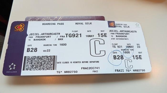 Quy định đổi tên vé máy bay Thai Airways