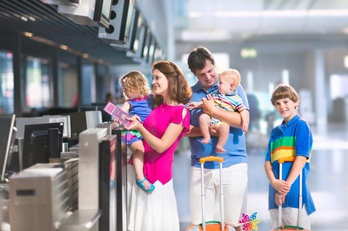 Trẻ em đi máy bay Thai Airways cần chuẩn bị giấy tờ gì?